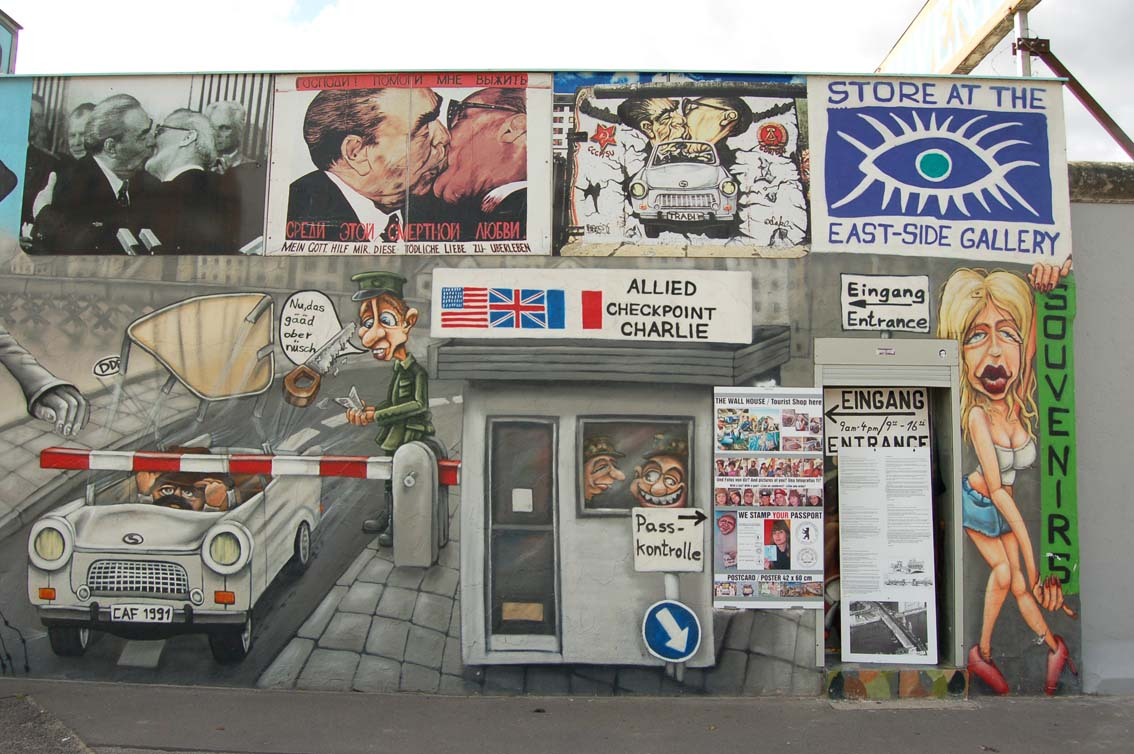 Berlin_Wall_Shop_03